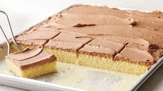 This homemade recipe is sweet, buttery and golden yellow, but there's not a drop of food color; that gorgeous hue is all thanks to real ingredients like butter and eggs. Top with a fluffy-rich chocolate buttercream frosting for maximum yum. Sheet Cake Recipes, Frosting Recipes, Sheet Cakes, Yellow Sheet Cake Recipe, Icing Recipe, 13 Desserts, Dessert Recipes, Crock Pot, Chocolate Buttercream Frosting