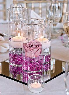 Le Vase en Verre Droit Cylindrique Haut 25 cm Luxe. Décorez votre évènement grâce à mariage.fr, numéro 1 des boutiques de décoration mariage en France. décoration mariage, decor mariage, wedding, candle, bougie