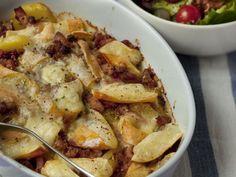 reblochon, pomme de terre, jambon fumé, oignon, Apremont, Sel, poivre