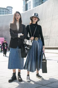 The Best Street Style From Seoul Fashion Week Spring 2020 - 2020 fashion trends street styles - Seoul Fashion, Tokyo Fashion, Cool Street Fashion, Korean Fashion Street Style, Korea Style Fashion, Korean Street Fashion Summer, 2020 Fashion Trends, Korean Fashion Trends, Fashion 2020