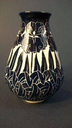 Iris Vase Ken Tracy Pottery nouveau sgraffito flowers pottery clay ceramics
