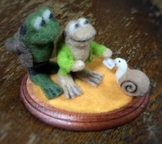 """Needle felted the frog and the road and snail from """"Frog and Toad are friends"""""""