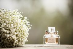 Can you even imagine hosting a wedding in Tuscany? It simply doesn't get more romantic, and this beautiful soiree captured by Amy Turner and planned to perfection by Super Tuscan Wedding Planners . Wedding 2015, Italy Wedding, Tuscan Wedding, Smell Good, Tuscany, Wedding Planner, Style Me, Perfume Bottles, Place Card Holders