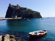 una splendida giornata di sole nella sede al Castello Aragonese di Ischia La Sede, Italy, Italia