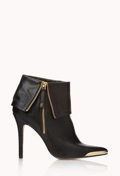 Shop only the best Boots & Booties for Women at Forever Find everything from on-trend ankle boots to over-the-knee boots in sleek designs. Shoes Heels Boots, Bootie Boots, Stiletto Boots, Hot Shoes, Forever 21 Shoes, Cool Boots, Dream Shoes, Beautiful Shoes, Autumn Winter Fashion