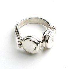 headphones ring