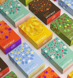 Zooscope - Aromayur #packaging #design #diseño #empaques #дизайна #упаковок #worldpackagingdesign #worldpackagingdesignsociety #bestworldpackagingdesign worldpackagingdesign.com