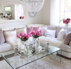 Modern Glam Living Room Decorating Ideas Luxury 43 Modern Glam Living Room Decorating Ideas Decoratrend Com Glam Living Room, Cozy Living Rooms, Living Room Decor, Living Room Inspiration, Home Decor Inspiration, Style Salon, Decoration Chic, Decorations, House Design