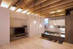 CARDIGAN CARDIGAN!! by Takeru Shoji Architects .Co.,Ltd