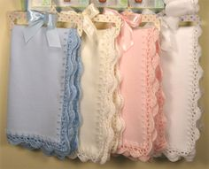 fleece blanket crochet edging...  Oh my goodness these are toooooo cute.  Making some of those!