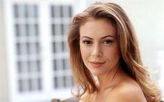 Télécharger fonds d'écran Alyssa Milano, Portrait, actrice américaine, sourire, belle femme