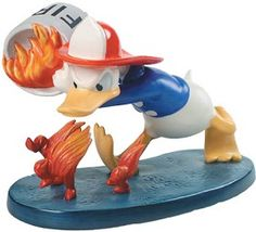 WDCC Walt Disney Classics Series Mickeys Fire Brigade from the Disney Mickeys Fire Brigade Movie. Disney Girls, Disney Mickey, Disney Precious Moments, Donald Duck, Duck Duck, Disney Figurines, Mickey Mouse And Friends, Disney Merchandise, Traveling With Baby