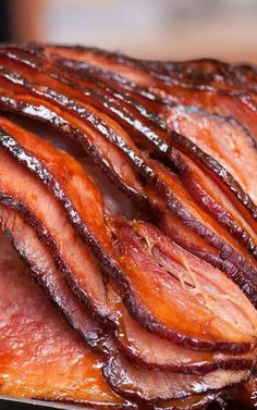 Southern Honey Glazed Ham - Ham - Ideas of Ham - Recip.- Southern Honey Glazed Ham – Ham – Ideas of Ham – Recipe for Southern Honey Glazed Ham Succulent and full of flavor this Homemade Honey-Glazed Ham is the perfect for any holiday feast. Southern Thanksgiving Recipes, Southern Recipes, Ham For Thanksgiving, Christmas Ham Recipes, Southern Meals, Southern Comfort, Southern Style, Honey Recipes, Pork Recipes