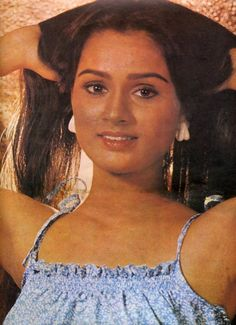 Bollywood Photos, Bollywood Stars, Padmini Kolhapure, Camisole Top, Actresses, Indian, Actors, Tank Tops, Classic