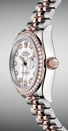 The Rolex Lady-Datejust 28 in steel and 18ct Everose gold. A paragon of grace, precision and reliability.