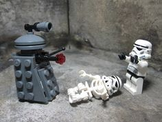 what fool let me see this. my room will now be COVERED with mini lego daleks!!!!!!!!!!