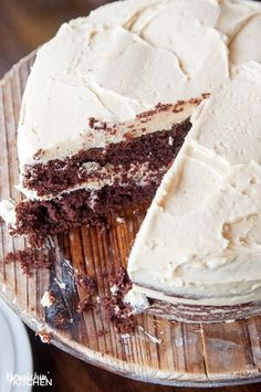 This Baileys Buttercream Frosting is the best frosting recipe ever! This creamy cake icing recipe has the decadent bite of irish cream.