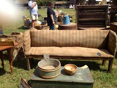 43 Shots of Antique Show, Days of the Pioneer