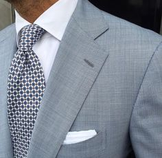 Men's style inspiration - suits - ties - pocket squares #MensFashionFlannel
