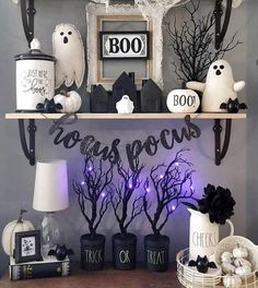 Cheap DIY Dollar Store Halloween Decoration ideas to spook your guests - Hike n Dip - - This Halloween spooke your guests with a scary and spooky Halloween decoration for your home. Try these Cheap DIY Dollar Store Halloween Decoration ideas. Hallowen Ideas, Spooky Halloween Decorations, Halloween Home Decor, Halloween Party Decor, Holidays Halloween, Halloween Crafts, Happy Halloween, Farmhouse Halloween, Halloween Decorations Apartment