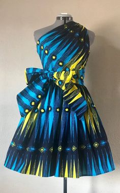 The Absolute Best African styles + Where to Shop African Fashion. You can never have too many African print clothes. This is a roundup of the absolute best African styles right now plus details on where to get them. Short African Dresses, Latest African Fashion Dresses, African Print Dresses, African Print Fashion, Africa Fashion, African Dress Designs, Ankara Fashion, African Prints, African Fabric