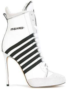DSQUARED2 Julie Boots. #dsquared2 #shoes #boots