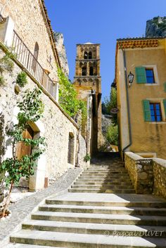MOUD11 - Moustiers Sainte-Marie - Alpes de Haute Provence 04
