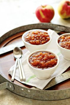 Crockpot Applesauce | My Baking Addiction