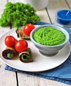 Kale Pesto   #vegan #glutenfree www.contentednesscooking.com