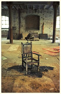 Toutes les tailles | • Unusual punishment | Flickr: partage de photos!