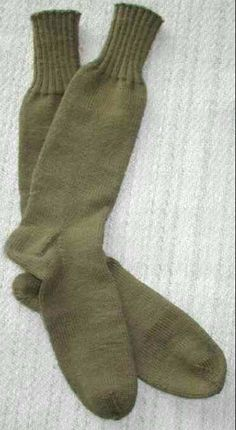 WOMEN OF EMPIRE EXHIBITION will feature knitting corners.  A opportunity for some balaclava, sock, mittens or scarf knitting.  We cannot though compete with the New Zealand woman in WW1 who knitted over 1.3 pairs of socks for EVERY DAY OF THE FIRST WORLD WAR.  Over 2,000 pairs...........