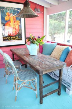 House of Turquoise: Sundew Cottage - Tybee Island, GA Home Interior, Interior Design, Three Season Porch, Sunroom Decorating, House Of Turquoise, Deco Boheme, Banquettes, House With Porch, Screened In Porch