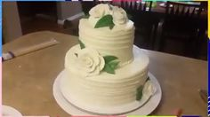 Quick and easy wedding cake, especially if you're in a hurry! Credit: Hmong Baker cakes videos How to make a simple 2 tier wedding cake 2 Tier Birthday Cakes, 2 Tier Wedding Cakes, Fall Wedding Cakes, Wedding Cake Decorations, Elegant Wedding Cakes, Wedding Cake Flavors, Cake Decorating Videos, Cake Decorating Techniques, Make Your Own Wedding Cakes