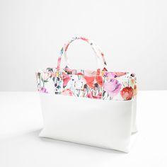 7d2a79d11b  totebag  brandbags  blumarine  springsummer  woman  fashion  bag