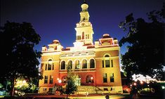 Your fact sheet about historic downtown Sevierville.  http://visitsevierville.com/FactSheet.aspx Sevierville Tennessee, Gatlinburg Tn, State Of Tennessee, Tennessee Vacation, Vacation Rentals By Owner, Cabin Rentals, Smoky Mtns, Smokey Mountain, Mountain Vacations