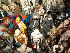 Vintage Star Wars Figures  No colecciona juguetes de star wars el muchacho ! :D