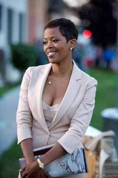 I've always loved this look! Not Your Hollywood: Black Women Celebrities with Short Hair Short Sassy Hair, Short Hair Cuts, Pixie Cuts, Short Pixie, Dreads, Black Women Celebrities, Coiffure Hair, Curly Hair Styles, Natural Hair Styles