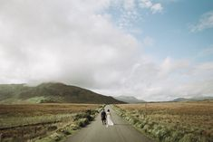 A gorgeous real wedding in Rosleague Manor. Be inspired by Margaret and David's cool and colourful house party wedding in Connemara. Connemara, House Party, House Colors, Real Weddings, Ireland, Country Roads, Inspiration, Biblical Inspiration, Home Parties