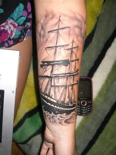 I love this, I really wanna get started on my nautical sleeve this year!