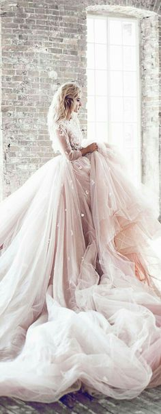 1420 best Gorgeous Gowns images on Pinterest in 2018 | Wedding ideas ...