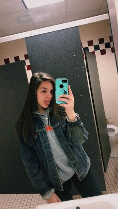 sweet ideas for fashion teenage to look cool 29 Teen Winter Outfits, Fall Outfits For School, Teenage Girl Outfits, Cute Fall Outfits, Teen Fashion Outfits, Teenager Outfits, Outfits For Teens, Trendy Outfits, Everyday Outfits
