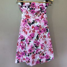 Spring / summer strapless floral dress Bold black white red and pink colors super comfy Taxi Dresses Strapless