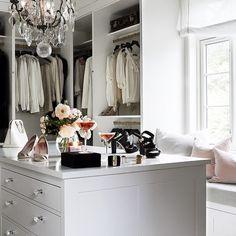 Deilig start på uken - wow, for et garderoberom!!