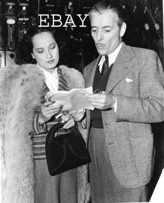 8x10 Vintage Candid of Ronald Colman and Merle Oberon from 1941