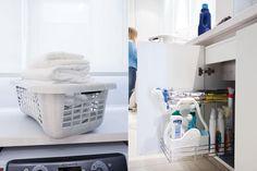 Ideas para lograr un lavadero funcional  Detrás de una de las puertas, un práctico accesorio extensible cromado para los elementos de limpieza en uso.  /Daniel Karp