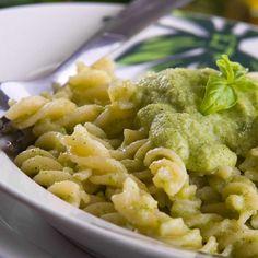 Fusilli Bio con Pesto di Zucchine e Menta / Organic Fusilli with zucchini and mint pesto