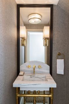Marie Flanigan Interiors - Circa Germain Single Sconce - Sconce Lighting Roundup - Exposed Plubming Powder Bath