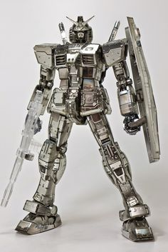 MG 1/100 RX-78-2 Gundam Ver. 3.0 - Silver Plated w/ Clear Part Build     Images via gonali