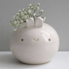 This is just plain cute - Tiny Bunny Vase by Pretty Random Objects Somebunny Loves You, Tiny Bunny, Fat Bunny, Bunny Face, Kawaii Bunny, Do It Yourself Inspiration, Molang, Deco Floral, Deco Design