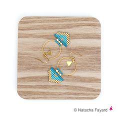 Miyuki delica et micro macramé bleu turquoise doré - Boucles d'oreilles tissé…                                                                                                                                                                                 Plus